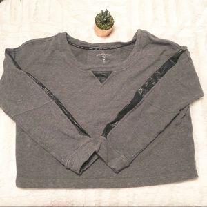Betsey Johnson   workout sweatshirt • L